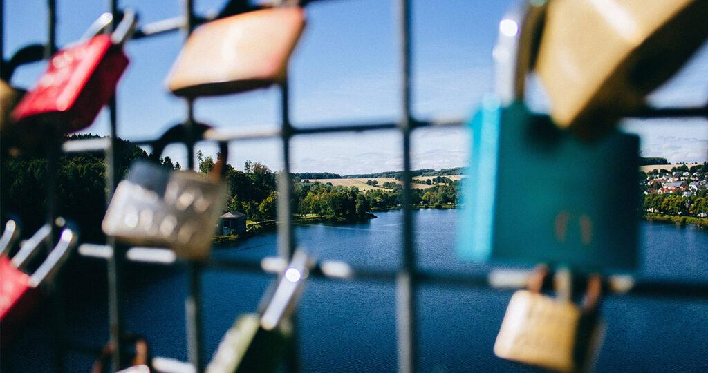 Social Security locks on bridge in Germany