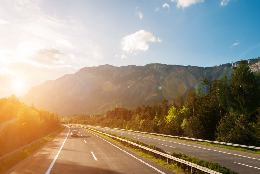 You are currently viewing Driving in Germany: A Complete German Driving Guide