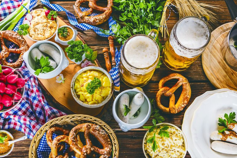 Read more about the article A Quick Walk Through the Food and Beer Culture in Germany